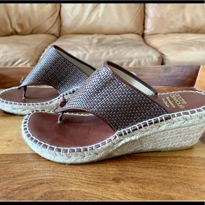 Andre Assous Wedges 🤎